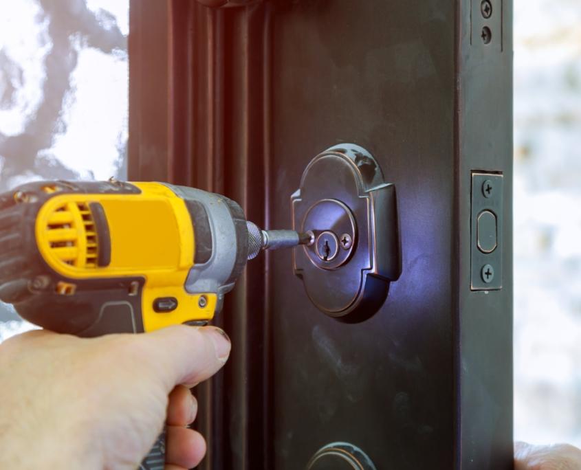 Avaamme ulko / Open Door Lock