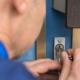 metalluksi ja nende lukke on võimalik lahti murda